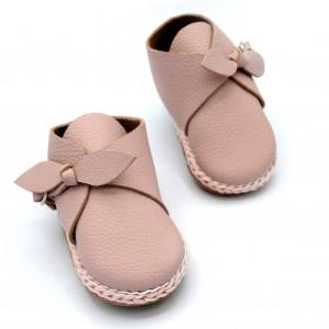 Schoentje met strik